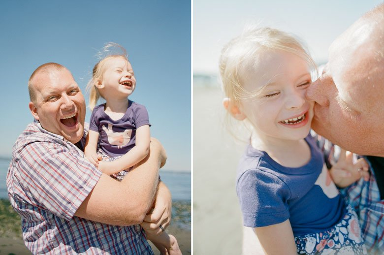 Seattle Beach Family Photography : Golden Gardens Family Photo Session
