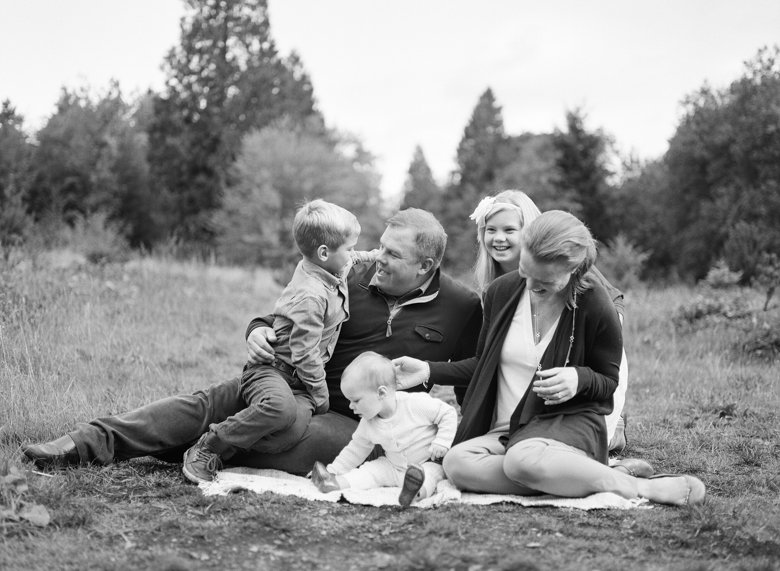 family_photos_film_in_seattle_Discovery_Park-002