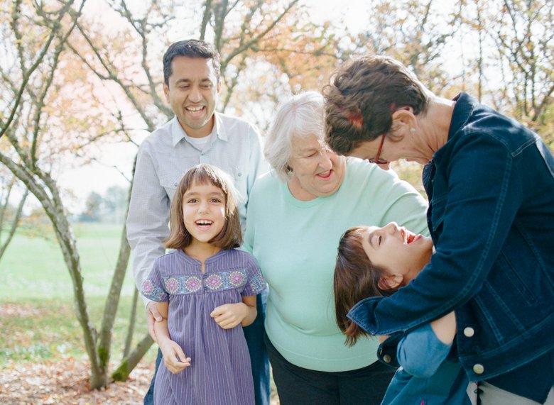 twin_girls_fall_family_photos_seattle-005