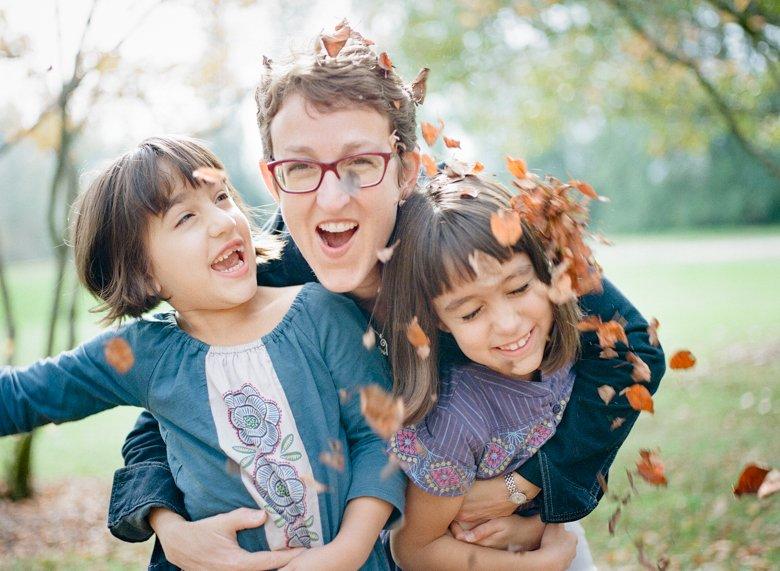 twin_girls_fall_family_photos_seattle-014