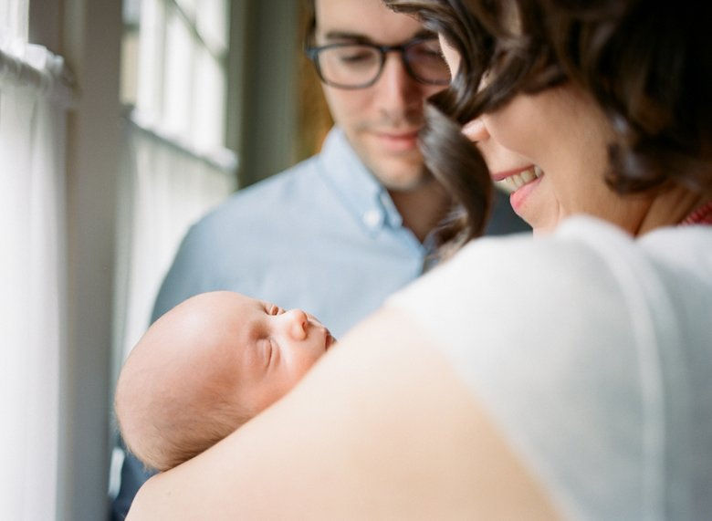 newborn-in-home-photo-session-Seattle-23