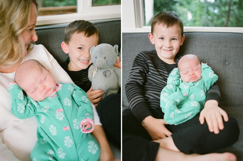 newborn-twin-in-home-family-session-seattle-4