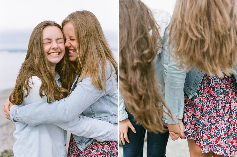 Seattle family photographer Edmonds Beach Park : Older Sisters