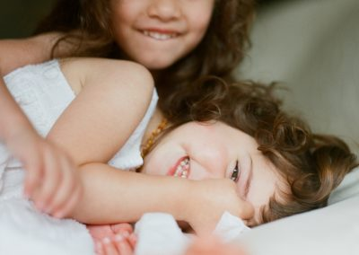 in-home-newborn-family-session-seattle-011