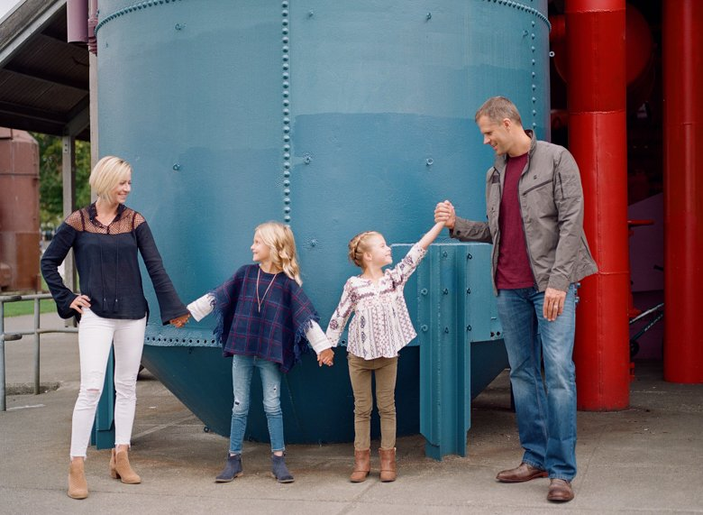best family photographer seattle | family at Gasworks