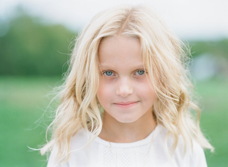 best family photographer seattle   close up portrait of girl