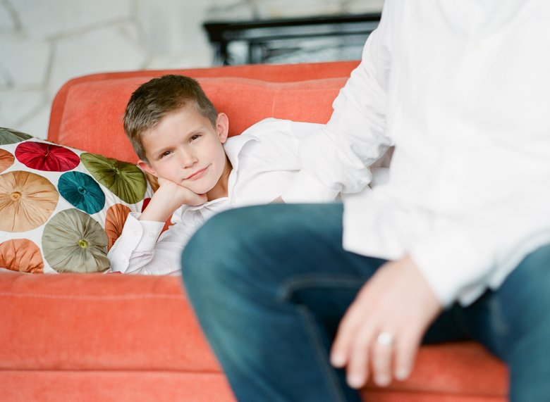 in home candid family photo session | boy