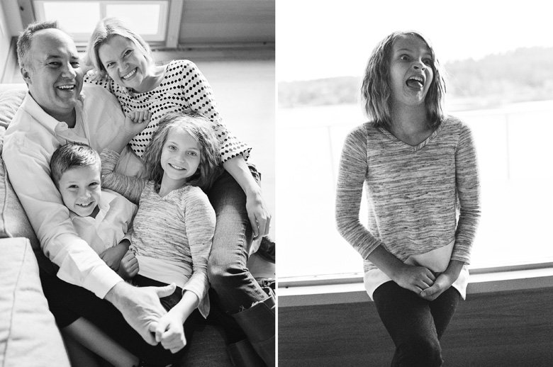 in home candid family photo session | family black and white