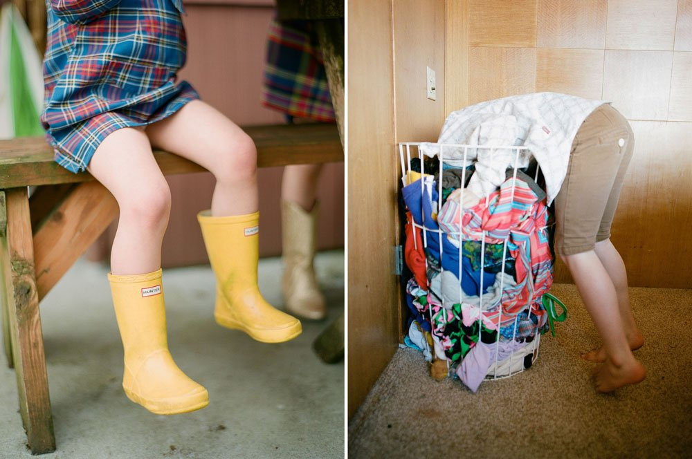 in home family photography seattle : yellow hunter boots
