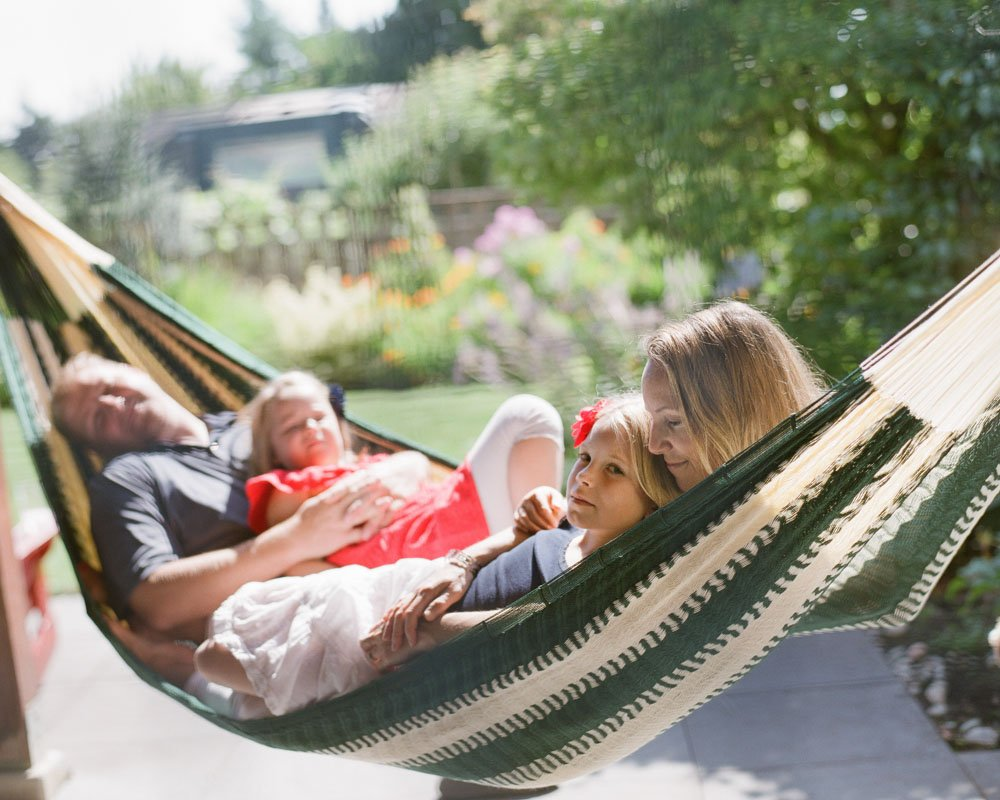 family photographers seattle : family lounging in hammock